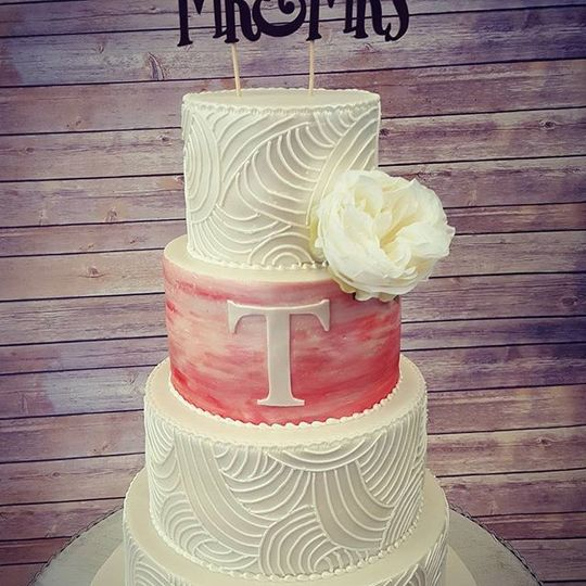 Wedding cake with pink layer