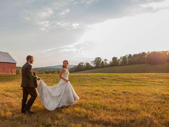 Tmx 1521155559 7ce5b2e73e065f3f 1521155552 30491fa91f999ca6 1521155510693 10 MKW 20151208MKW 2 Inver Grove Heights, MN wedding photography