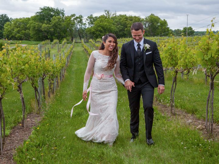 Tmx 1521155595 B33f6104508143fd 1521155588 17245f00753ae3f5 1521155510694 12 MKW 20160604MKW 2 Inver Grove Heights, MN wedding photography