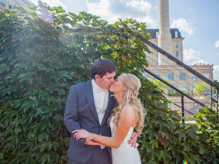 Tmx 1521155628 Ece88dff7336f9b4 1521155622 B84db0a025adf35d 1521155510704 26 MKW 20170812MKW 2 Inver Grove Heights, MN wedding photography