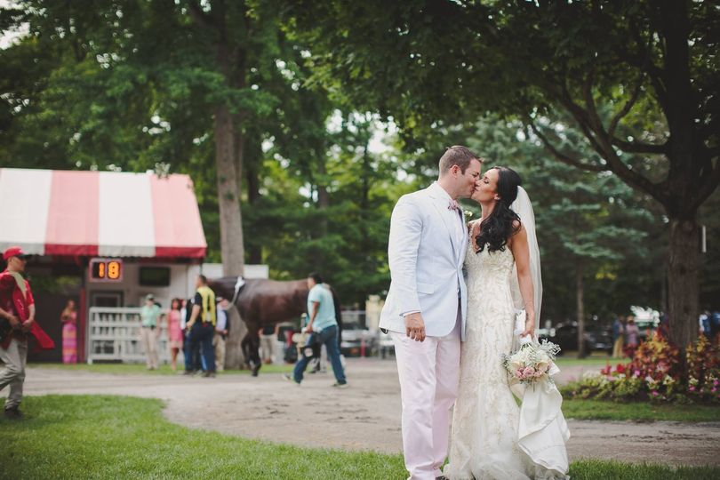Dehns Flowers And Gifts Flowers Saratoga Springs Ny Weddingwire