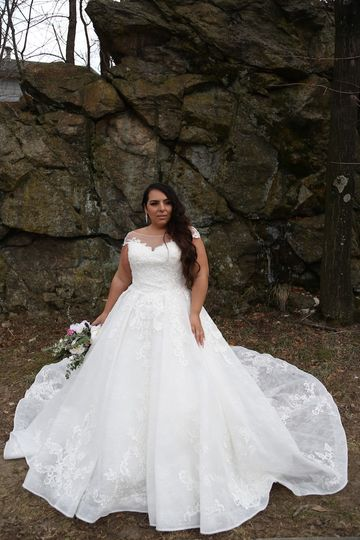 Plus size wedding gowns