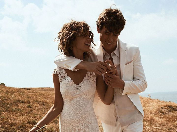 Tmx 1524245704 9d92e6944e8c018c 1524245702 Fb2b14d294165998 1524245696877 7 Ab1551e00528b46638 Asheville, North Carolina wedding dress