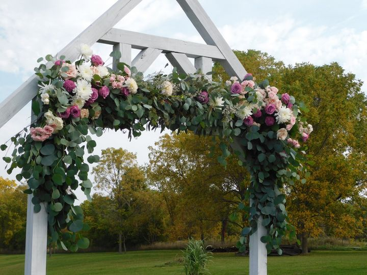Tmx 108 51 617834 161032713339697 Lansing, MI wedding florist