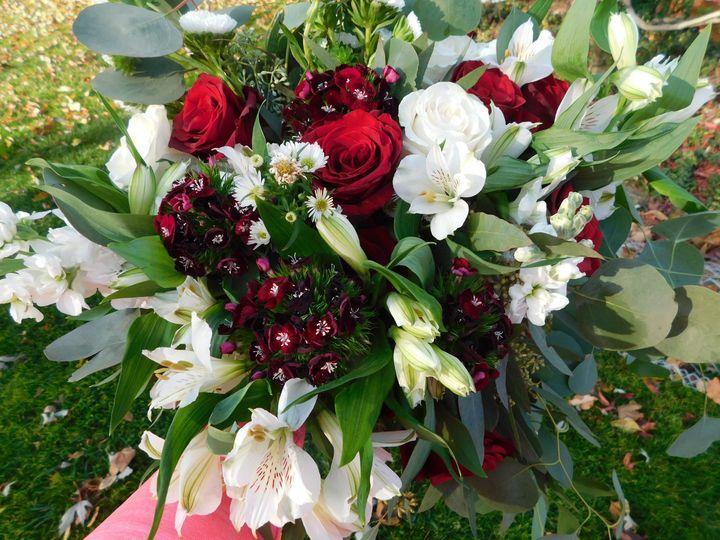 Tmx Dscn0348 51 617834 161032740348526 Lansing, MI wedding florist