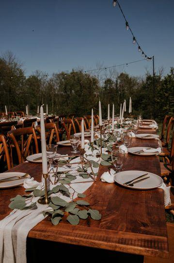 Tuscan dinner service