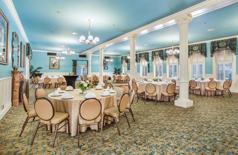 Minuet room 50-120 guests