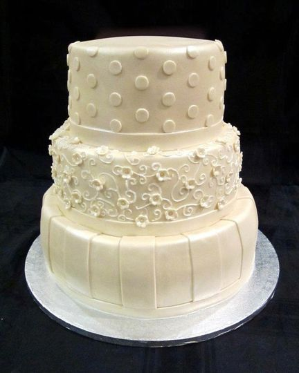 wedding cakes scottsdale az cuteology cakes wedding cake scottsdale az weddingwire 25444