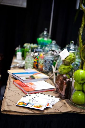 Just Beachy Events Candy Bar at 2010 Wedding Expo