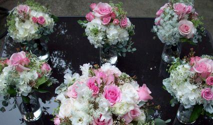 Petals, Custom Wedding Flowers