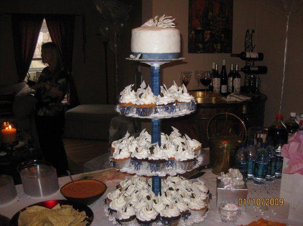 Tmx 1232204024765 BridalShowerCupcakeTree Jessup, MD wedding cake