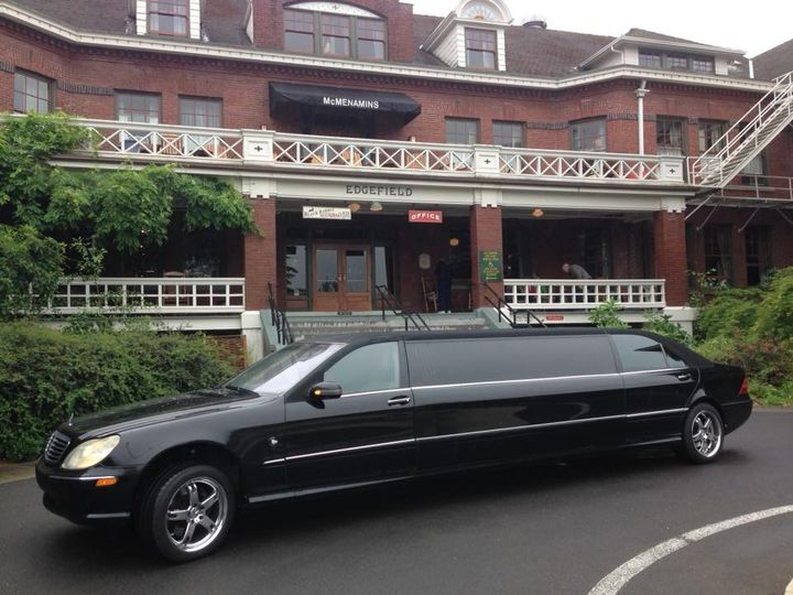 6 passenger Mercedes limousine
