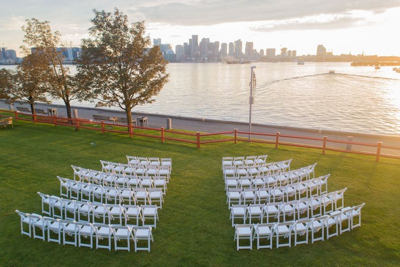 Harbor Lawn Ceremony