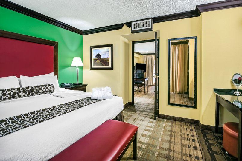 King Suite (2 Bedroom Suite)