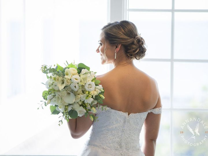 Tmx Carolyneric 20 Annandalephotography 202 51 664044 161126357935727 Guilford, CT wedding florist
