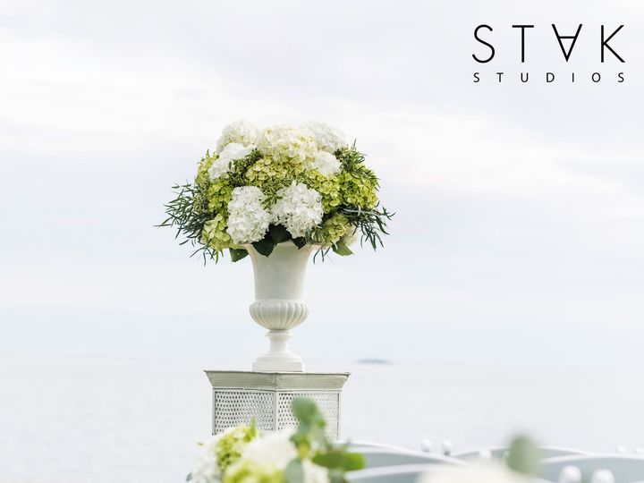 Tmx Jenine Craig W 348 51 664044 161110541030244 Guilford, CT wedding florist