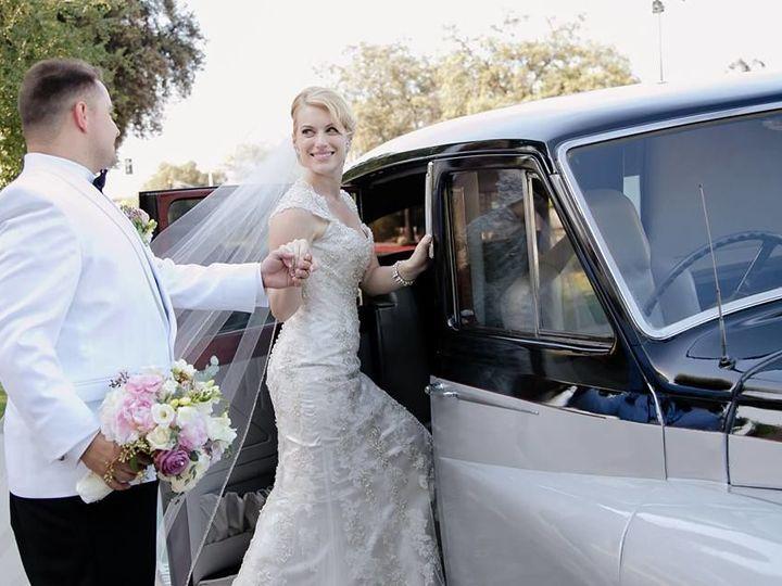 Tmx 1526016888 B53966805ad07a06 1526016887 1b20ed988faf00cb 1526016875126 8 FA3232E3 4555 4317 Costa Mesa wedding beauty