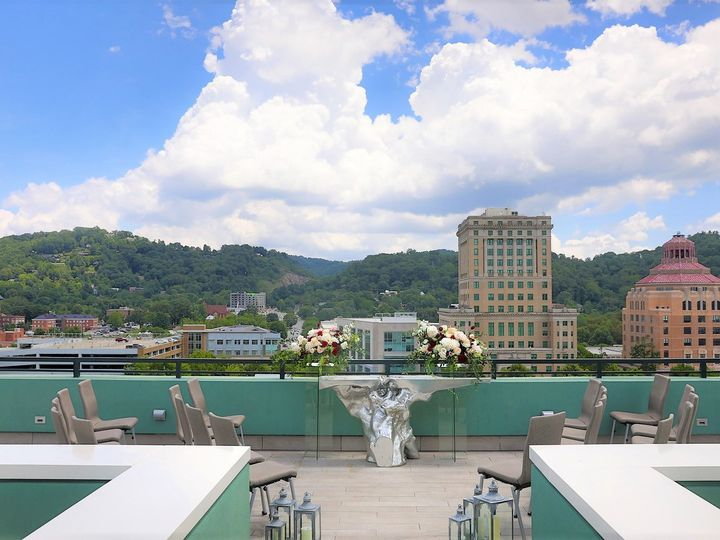 Tmx Rooftop Ceremony 8 51 942144 1570988634 Asheville, NC wedding venue