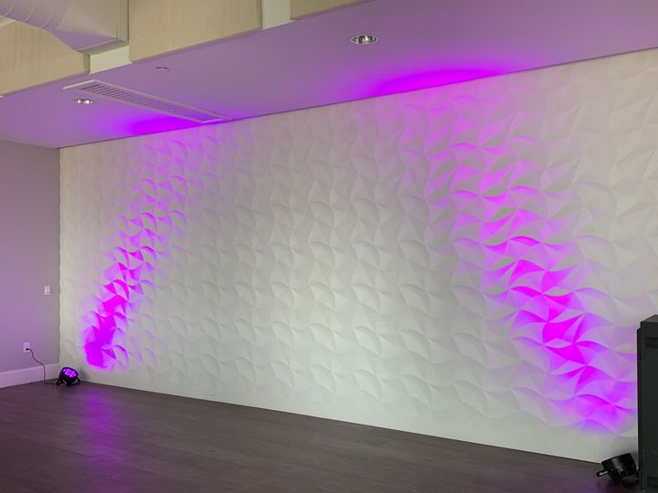 2 Uplights on Accent Wall