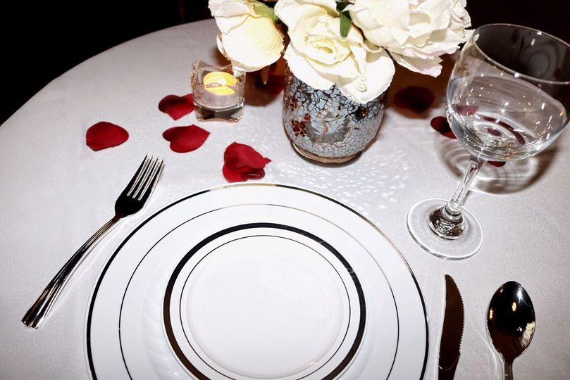 White linen table set-up