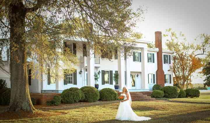 Hollyfield Manor
