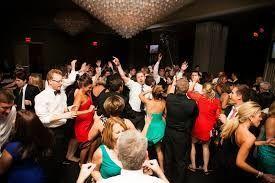 Full house dancing