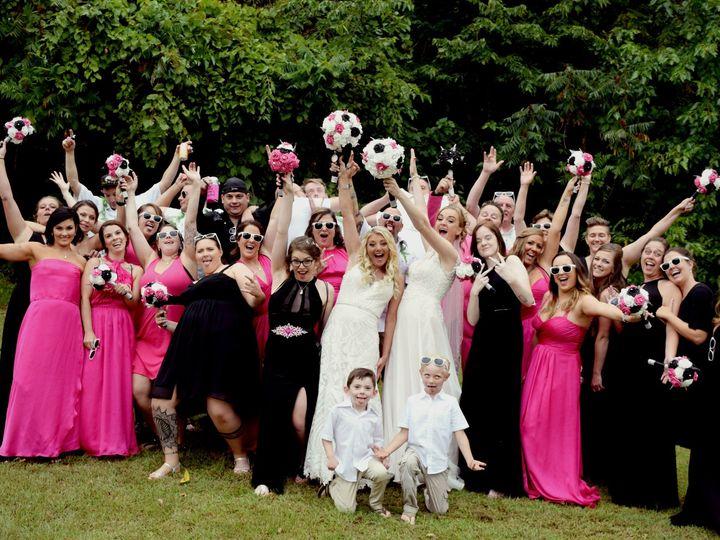 Tmx Posed026 51 687144 157482440066753 Dubuque, Iowa wedding photography