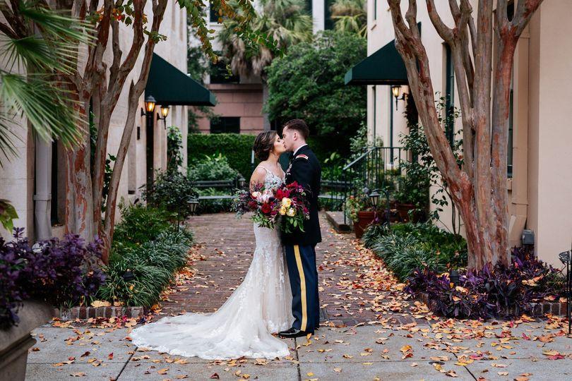 bride groom portrait charleston rutledge inn 51 908144 1573054882