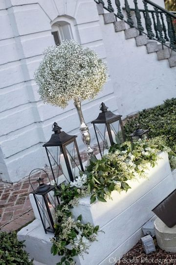 front step bb and lanterns
