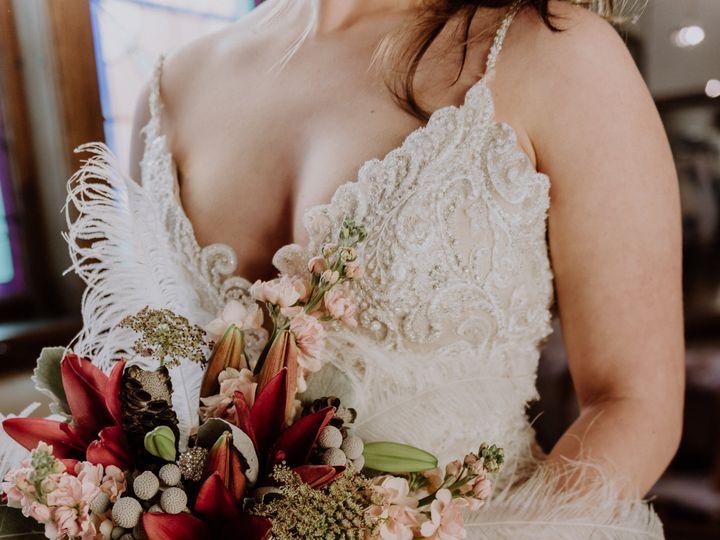 Tmx Wedding Hair And Bouquet 470 51 579144 159562040197864 Iowa City, IA wedding florist