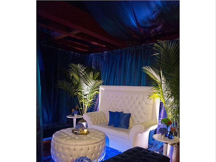 Tmx Crystalroundottoman2 51 134244 Montgomeryville, Pennsylvania wedding rental