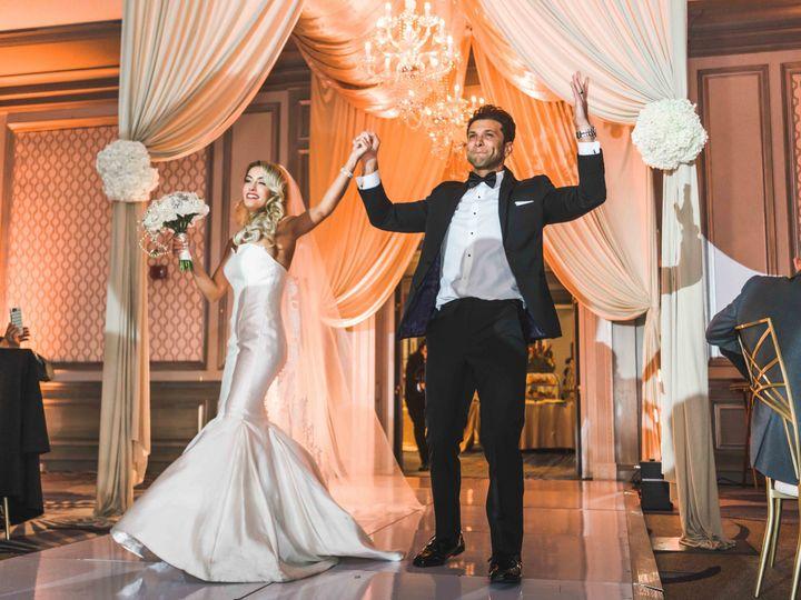 Tmx 1524532924 1deaca0df1ab2243 1524532918 02c977e8f6ddf7ce 1524532909710 14  TheFalconDiffere Plymouth, MI wedding videography