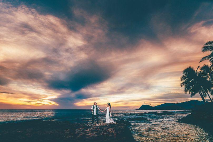 Lanikuhonua Wedding. Lanikuhonua Cultural Institute. Sunset wedding photography - By Keoni Michael