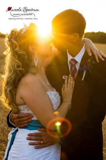 800x800 1455404849934 bride groom kiss sunrays sunset monroe nc