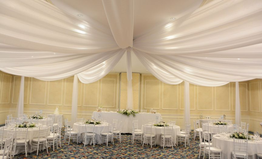 800x800 1487088168926 white chivari and drapes