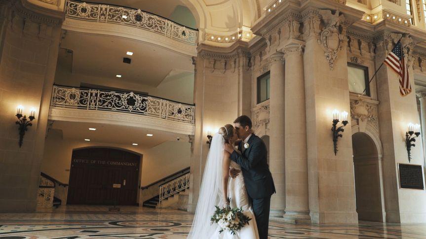 A romantic kiss (Ellen and Ryan)