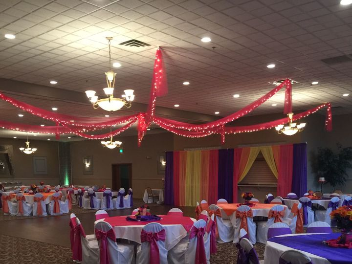 Tmx 1536377606 0608edeedc98d516 1536251948 A31ac48f5fc8b348 1536251945 5d4bab9632e86727 153625 Glendale Heights, Illinois wedding eventproduction