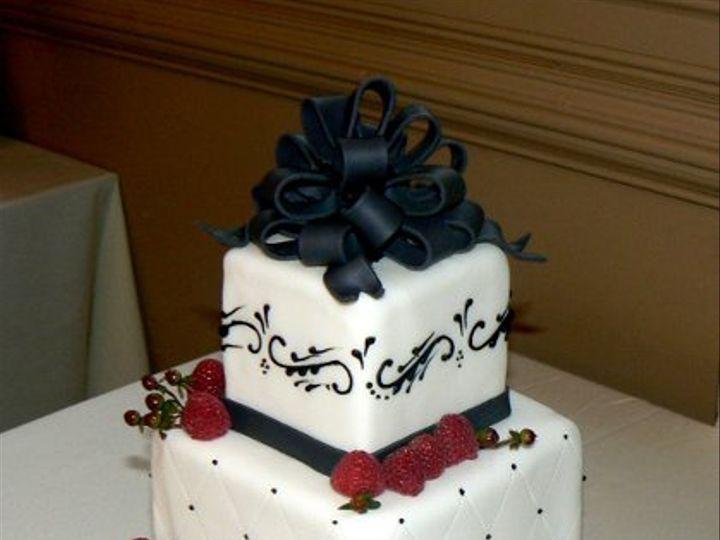 Tmx 1327708919320 Blackraspscroll Phoenixville, Pennsylvania wedding cake