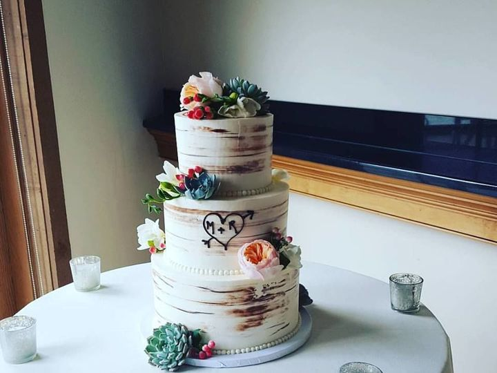 Tmx 1536803102 0027bd58dfec7add 1536803101 975bc880e90c5618 1536803100349 2 Birch Phoenixville, Pennsylvania wedding cake