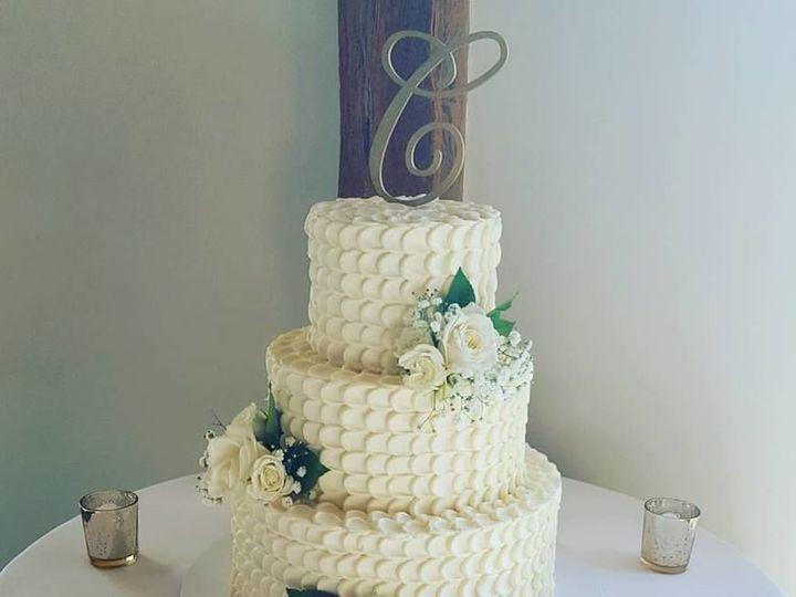 Tmx 1536803128 D2d1997aa2cf7186 1536803127 8ea31bf52c12c7c9 1536803126774 8 Pulled Pearl 2 Phoenixville, Pennsylvania wedding cake