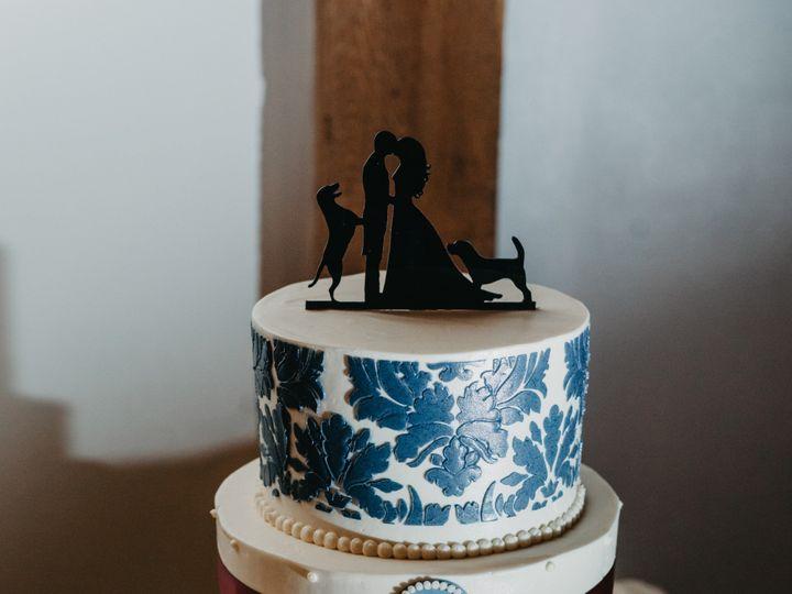 Tmx Lamassarie Wedding Gracecarmine 974 51 494344 158108345325787 Phoenixville, Pennsylvania wedding cake