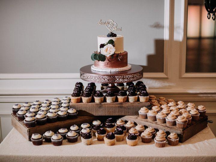 Tmx Lp 0740 51 494344 158108344957289 Phoenixville, Pennsylvania wedding cake