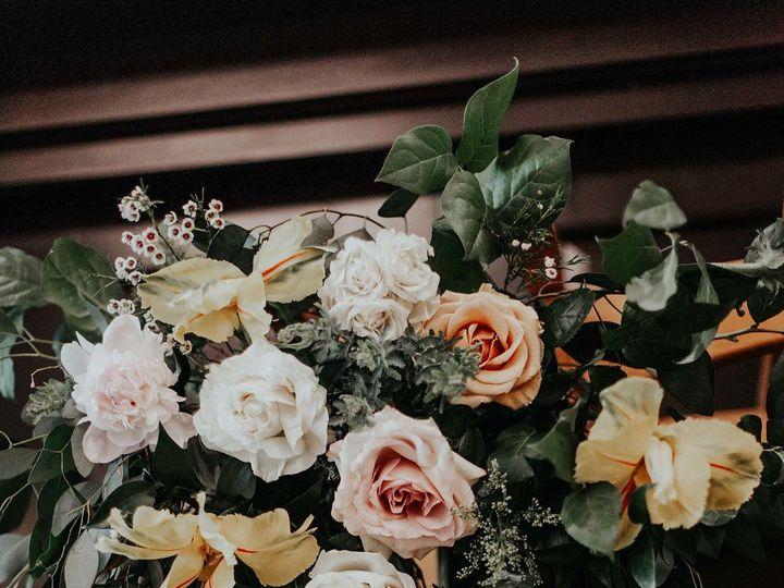 Tmx 1530890751 E8847f3ddd90ab43 1530890750 9dac6a80ff393026 1530890749130 14 Bradshaw Details  Addison wedding florist