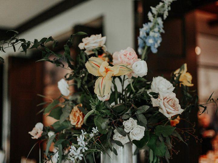 Tmx 1530890765 217920623fd38825 1530890763 Fb05bf776e118d32 1530890762155 15 Bradshaw Details  Addison wedding florist