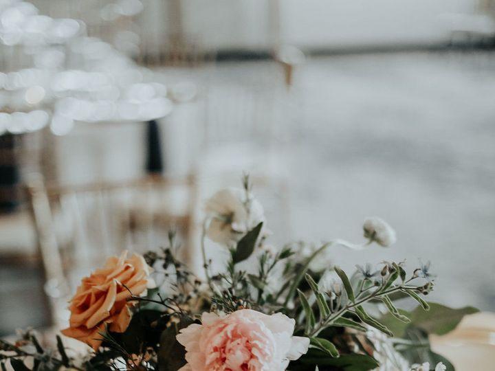 Tmx 1530890800 65122a74f5d9fcf9 1530890799 3106ff28b3a7e980 1530890797757 16 Bradshaw Details  Addison wedding florist