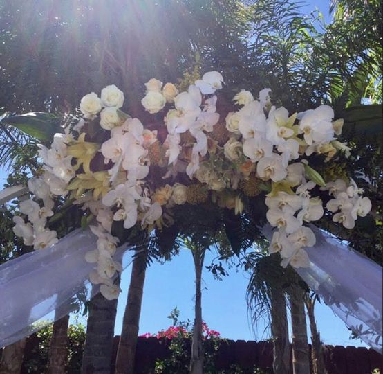 Fleur De Lis Bridal Floral