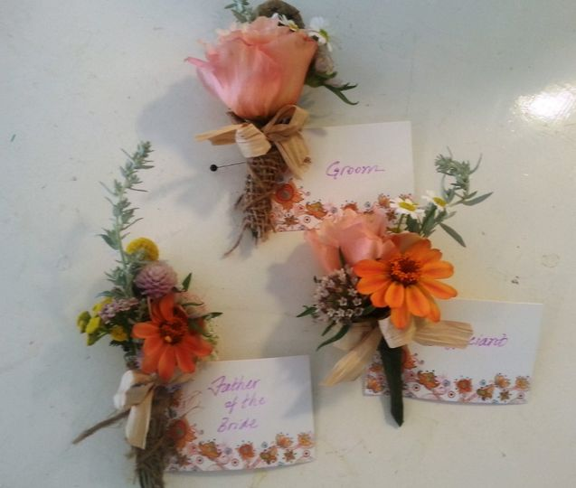 2014 08 02 boutonnieres