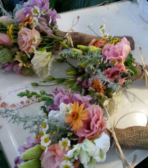 pastel flowers bridesmaids 2