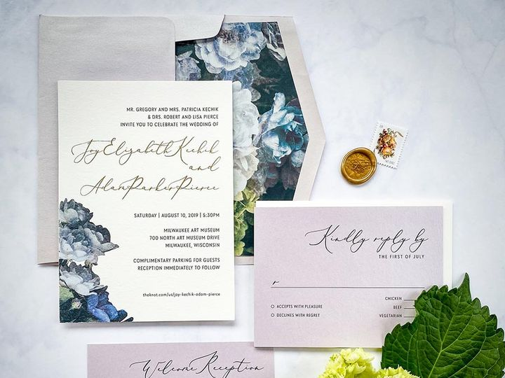 Tmx Hydrangeagold Lores 900 51 168344 161600945015306 Wauwatosa, WI wedding invitation