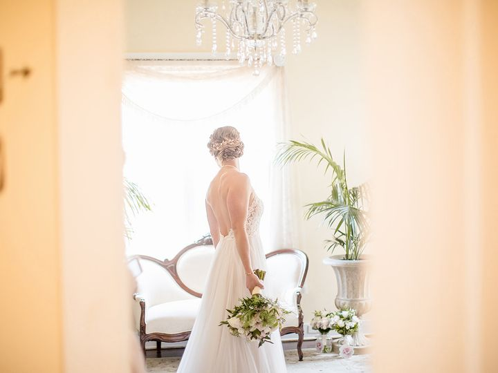 Tmx Getting Ready 198 51 479344 V1 Santa Barbara, CA wedding photography